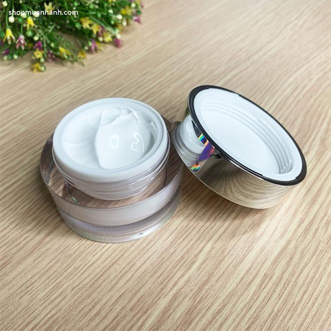 duong-da-mat-kem-oc-sen-duong-trang-goodal-premium-snail-tone-up-cream-5899
