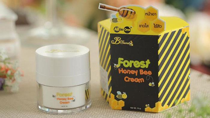 duong-da-mat-kem-ong-forest-honey-bee-thai-lan-5537