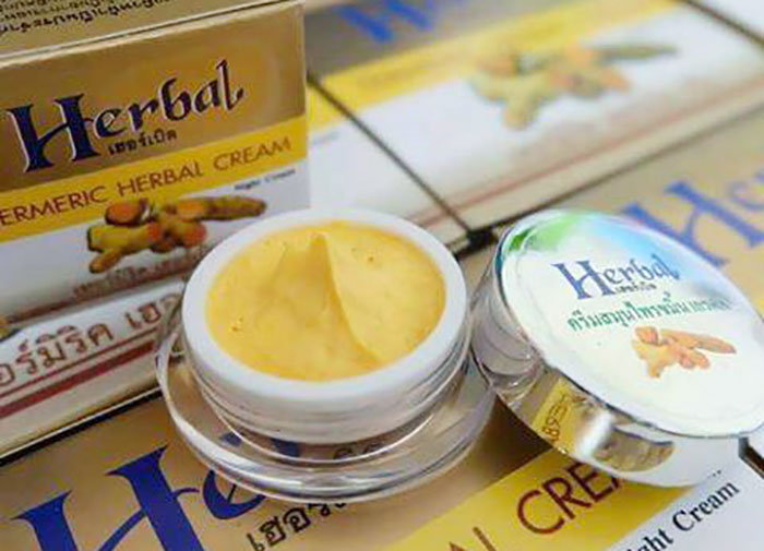 duong-da-mat-kem-nghe-herbal-cream-thai-lan-5455