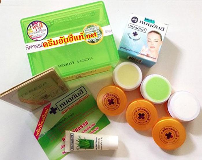 duong-da-mat-set-tri-mun-tan-nhang-va-tri-nam-yanhee-thai-lan-hop-xanh-5451