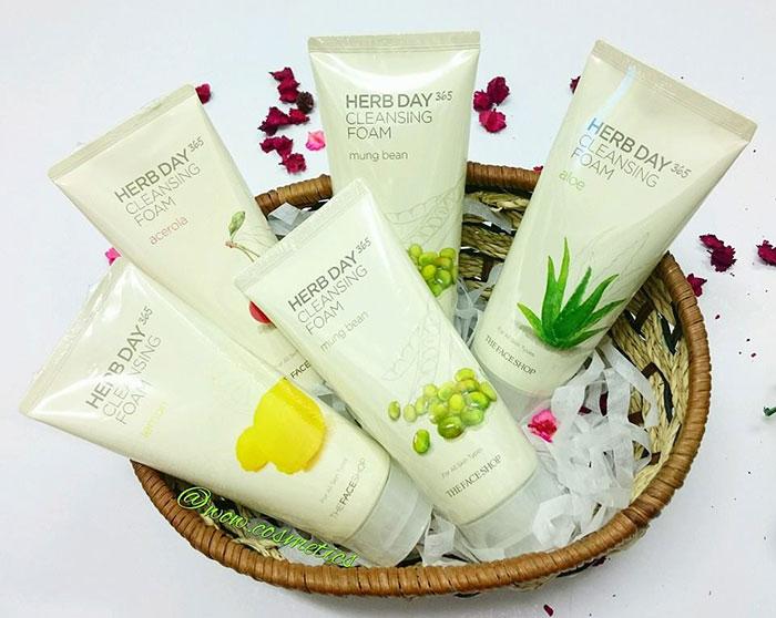 sua-rua-mat-sua-rua-mat-the-face-shop-herb-day-365-cleansing-foam-5464