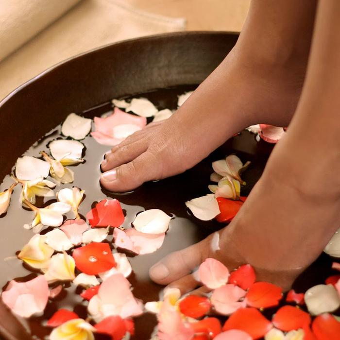Ngâm chân mỗi tối: cách thư giãn hiệu quả cho người bận rộn